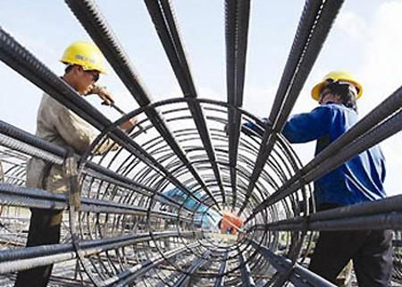 Chủ thầu phải mua bảo hiểm cho công nhân xây dựng