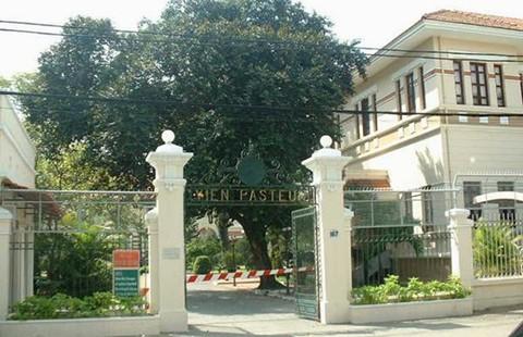 Di sản Sài Gòn 300 năm: Bí ẩn số cửa sổ 'lệch pha' ở Viện Pasteur