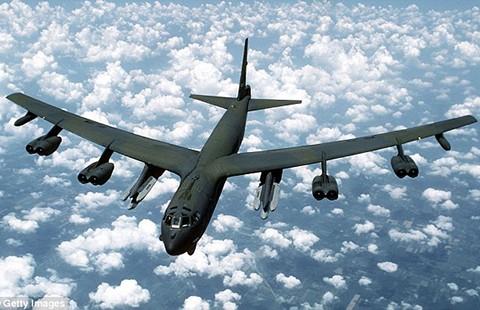 Trung Quốc tố máy bay B-52 Mỹ khiêu khích
