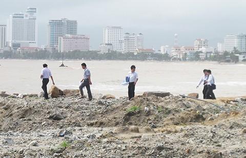 Truy gay gắt vụ tự lấn vịnh Nha Trang