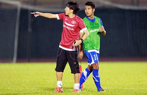 Đội U-23 Việt Nam: Hỏng trục giữa