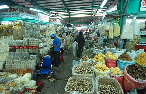 Truyền thông đã 'giết' nông sản Việt?