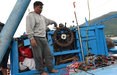 Cần chặn hành vi vô nhân đạo của tàu Trung Quốc
