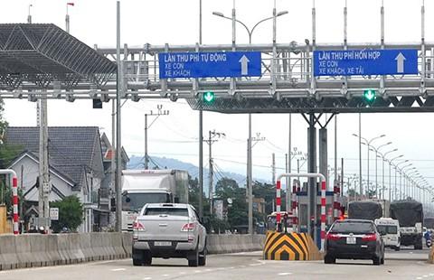 Ưu ái nên cho tăng phí giao thông?