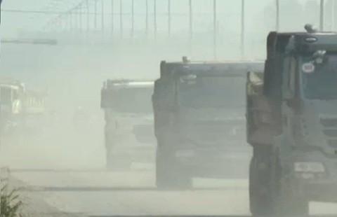 Đồng Nai: Dân dựng rào chặn xe đá