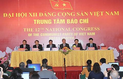 Chuẩn bị nhân sự Đại hội XII: Dân chủ, nghiêm túc