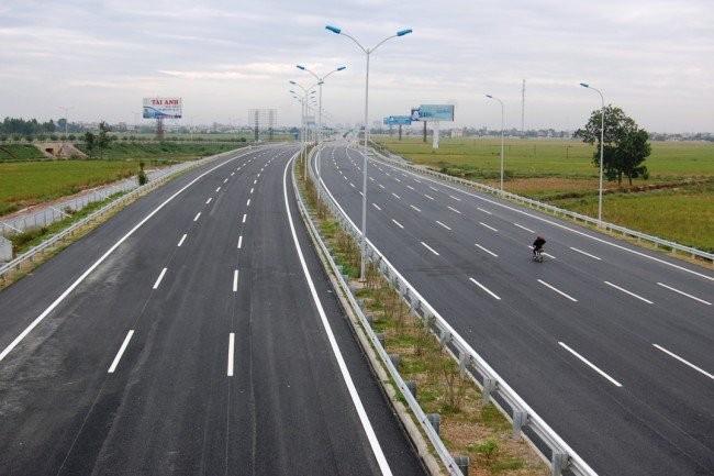 Đường cao tốc Đà Nẵng - Quảng Ngãi vẫn vướng mặt bằng