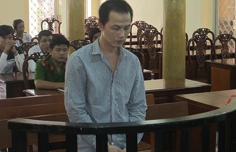 Giết người chưa đạt, lãnh án tám năm tù
