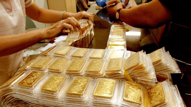 Chênh lệch giữa vàng nội với vàng ngoại thấp kỷ lục