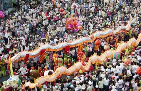 Phương Nam lễ hội hiền hòa