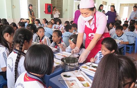 Hơn 1.200 lớp học có sĩ số 50 học sinh trở lên