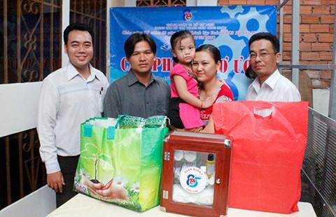 Giúp công nhân nghèo vơi gánh lo tiền trọ