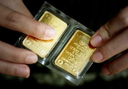 Giá vàng thấp nhất trong hai tháng