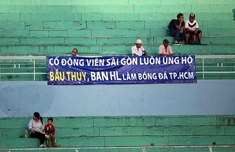 Con đẻ, con nuôi ở ngôi nhà bóng đá Sài Gòn