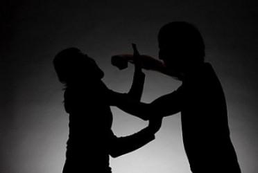 Hầu tòa vì đánh vợ cũ thương tích 12%