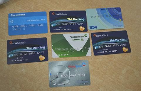 Tội phạm nước ngoài làm giả thẻ ATM