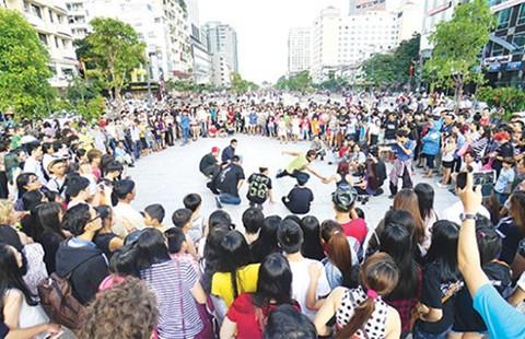 Liveshow cho các ca sĩ đường phố
