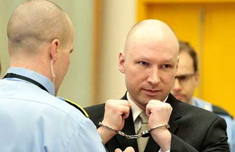 Phạm nhân không muốn biệt giam đã thắng kiện
