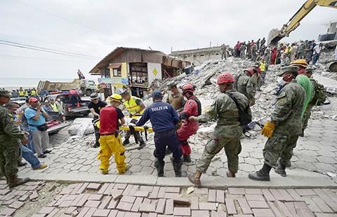 1.700 người còn mất tích trong động đất Ecuador