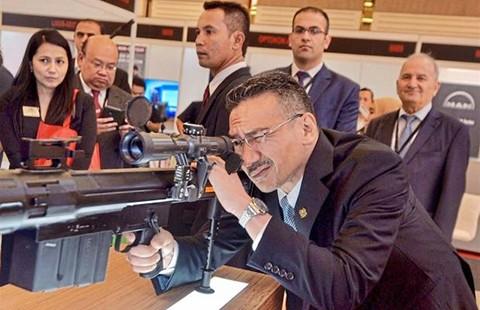 Đông Nam Á mua máy bay thủ Trung Quốc