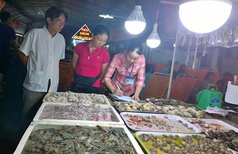 Vũng Tàu: Xử nghiêm các điểm bán thực phẩm tẩm chất cấm