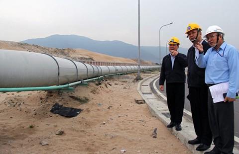 Vì sao Formosa đặt đường ống ngầm xả thải ra biển?