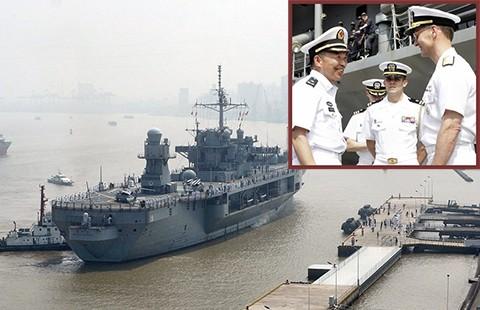 Soái hạm Hạm đội 7 ghé Thượng Hải