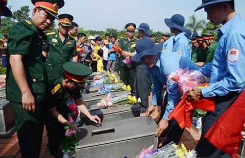 Đưa 30 hài cốt liệt sĩ vừa tìm được ở Campuchia về nước