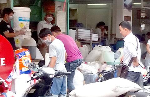 Bài toán quản chợ Kim Biên