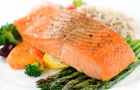 Sai lầm khi ăn uống trực tiếp collagen