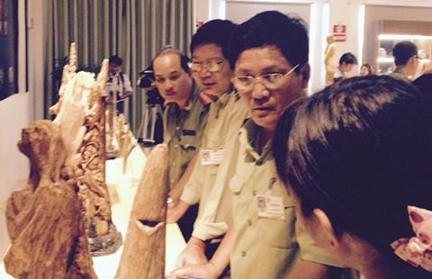 Người Trung Quốc 'khuynh đảo' du lịch: Tiên trách kỷ…