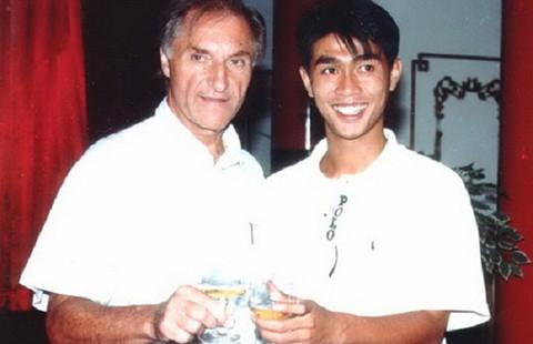 HLV Weigang trở lại với bóng đá Malaysia ở tuổi 81