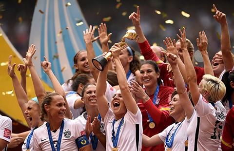 Bóng đá nữ Mỹ thắng kiện vụ đòi bình đẳng như đội tuyển nam