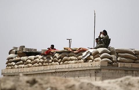 Nga và Mỹ quyết đánh bật IS khỏi hang ổ Raqqa
