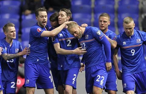 Iceland lấy 'băng giá' để chống Ronaldo và đồng đội