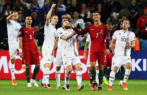 Bảng F: Bồ Đào Nha – Áo: Chờ 'đứa trẻ' Ronaldo kịp lớn