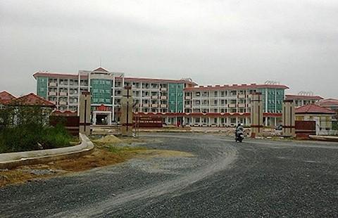 Sở Giáo dục Hậu Giang sai khi xây trường