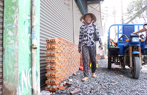 Hạ thấp vỉa hè ở đường Kinh Dương Vương?
