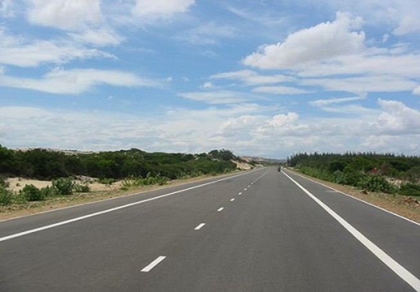 Mở 99 điểm băng ngang quốc lộ 1