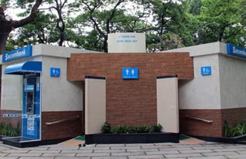 TP.HCM đề xuất hàng quán treo bảng cho đi vệ sinh miễn phí