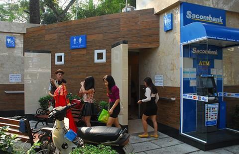 Nhà hàng, khách sạn có nên miễn phí cho khách đi vệ sinh?