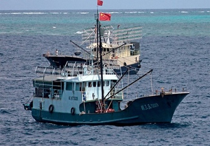 Đuổi 6 tàu Trung Quốc khỏi biển Việt Nam