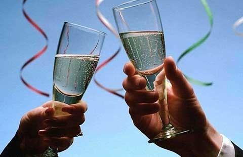 Rượu gây ra bảy loại ung thư