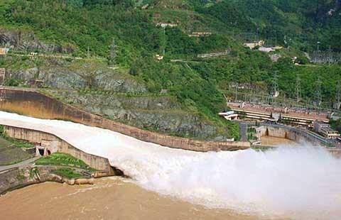 Sắp triển khai dự án mở rộng thủy điện Hòa Bình, Ialy