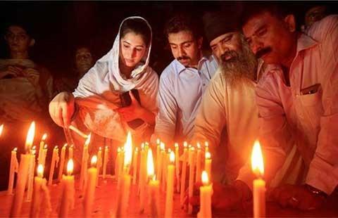 Đánh bom tự sát bằng 8 kg chất nổ ở Pakistan