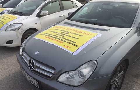 Cần bỏ giấy phép vô lý trong nhập khẩu ô tô