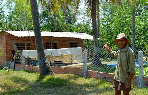 Quảng Nam: Bị phạt vì xây nhà tạm chăn vịt