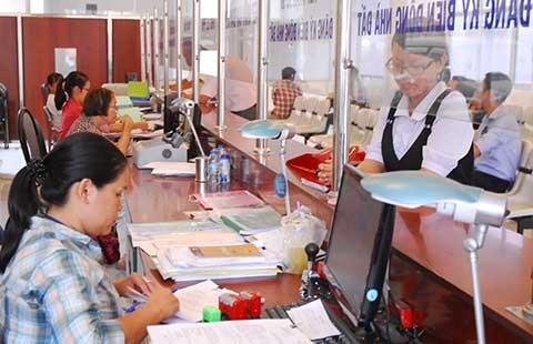 TP.HCM vượt 3.590 công chức so với biên chế được giao