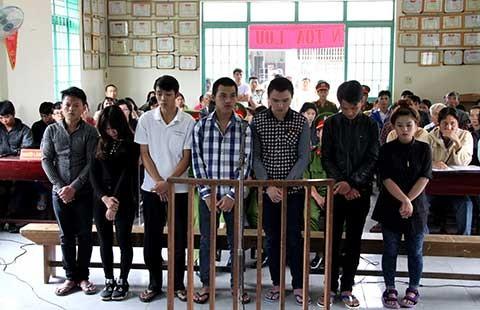 Án tù cho 2 kẻ đánh chết người tại quán nhậu