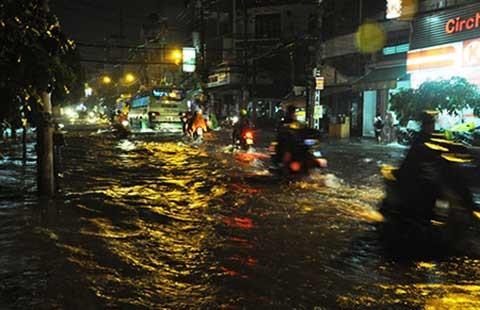 TP.HCM: Giảm và tiến tới không còn ngập nước
